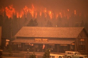 Crown Fire Approaching Old Faithful Photo Shop & Snow Lodge. Photo: Yellowstone National Park, photographer unknown.