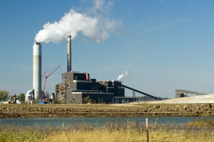 Figure 9. The Iatan Generating Station. Photo by John May.